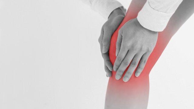 スクワットで膝の痛み